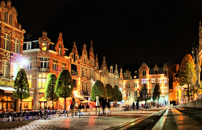 Leuven is easy to reach by car, bus, train and plane.